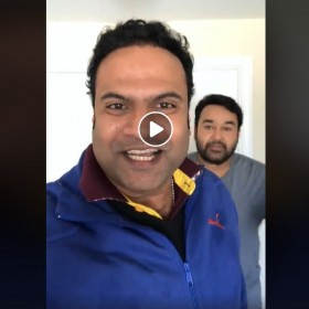 Mohanlal photobombs a LIVE video and you need to watch it