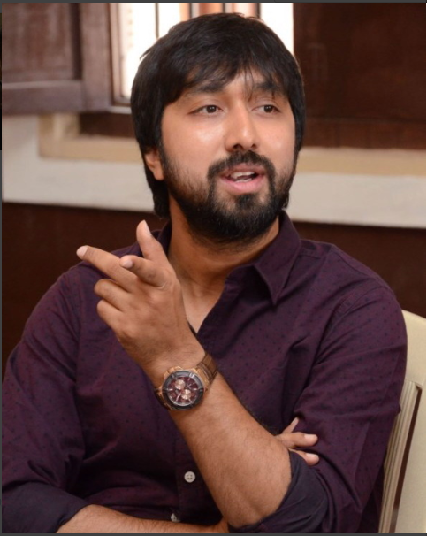 Tollywood Director KS Ravindra accused of hit-and-run, police complaint filed!