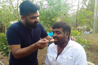 Simbu and Vijay Sethupathi bonding over food on the sets of Chekka Chivantha Vaanam is super cute