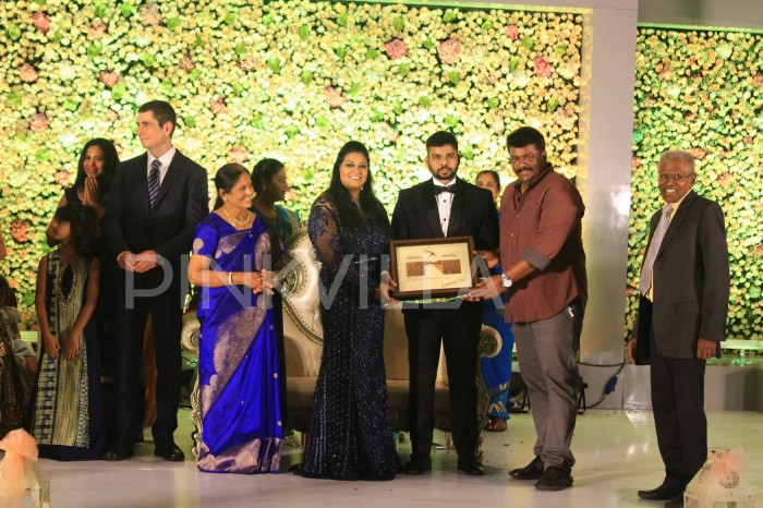 Photos: Kamal Haasan, Rajinikanth and others at Ananthi-Vinoth's wedding reception