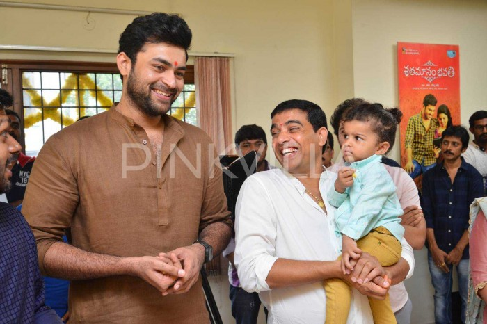 Photos: Venkatesh and Varun Tej starrer F2 gets launched officially in Hyderabad