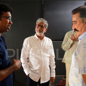 Photos: Kamal Haasan meets S.A. Chandrasekar, praises Traffic Ramasamy