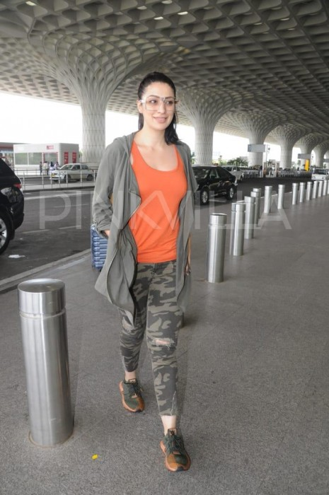 Photos: Raai Laxmi spotted at Mumbai airport