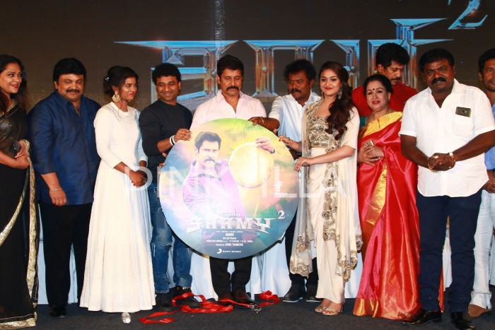 Photos: Vikram, Keerthy Suresh and Aishwarya Rajesh at Saamy Square audio launch