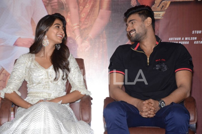 Photos: Bellamkonda Sai Sreenivas and Pooja Hegde at Saakshyam success meet