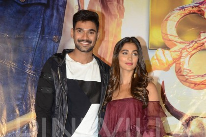 Photos: Bellamkonda Sai Sreenivas and Pooja Hegde promote Saakshyam in style