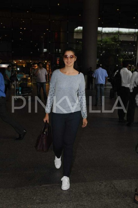 Photos: Raai Laxmi spotted at the airport in Mumbai