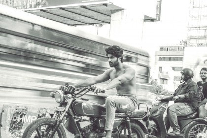 Vijay Deverakonda to start a clothing label; Announces in his own style