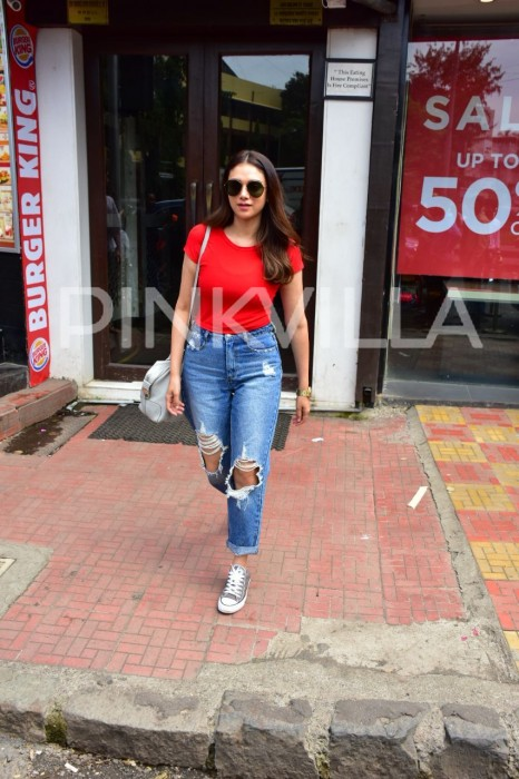 Photos: Aditi Rao Hydari spotted in a casual yet classy look