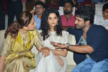 Photos: Taapsee Pannu, Aadhi Pinisetty and Ritika Singh at Neevevaro press meet