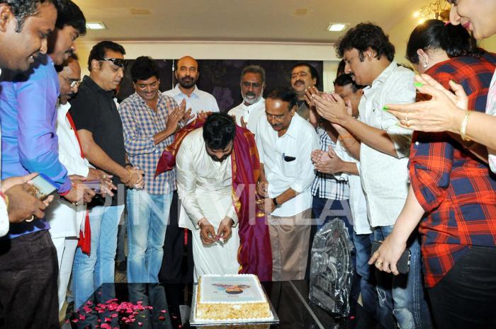 Photos: Megastar Chiranjeevi celebrates birthday with MAA members