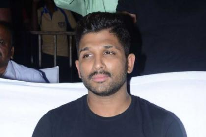 Allu Arjun donates Rs 25 lakhs for Kerala flood victims
