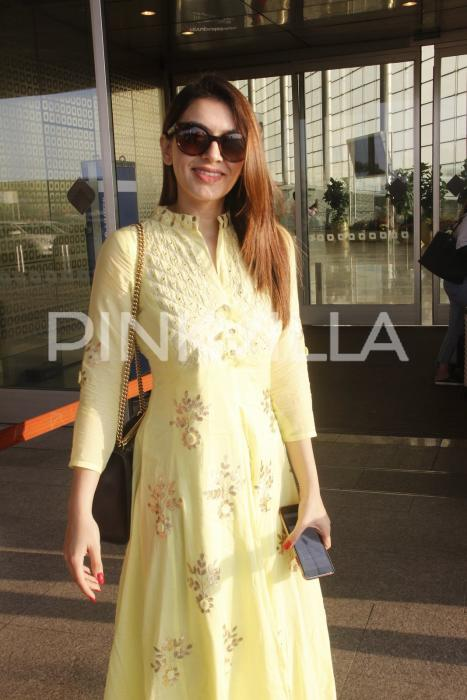 Photos: Hansika Motwani spotted in desi avatar at Mumbai airport