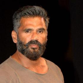 Suniel Shetty in Mohanlal's Marakkar: Arabikadalinte Simham?