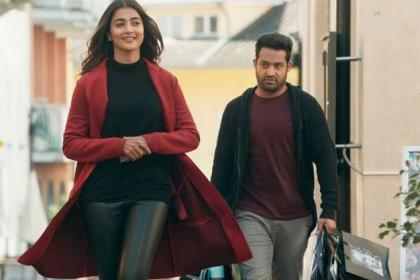 Aravindha Sametha first day collection: Jr NTR and Pooja Hegde starrer takes USA Box Office by storm