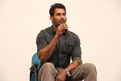 kollywood, tamil, tamil films banned from screening, vada chennai, vishal, Tamil Film Producers Council