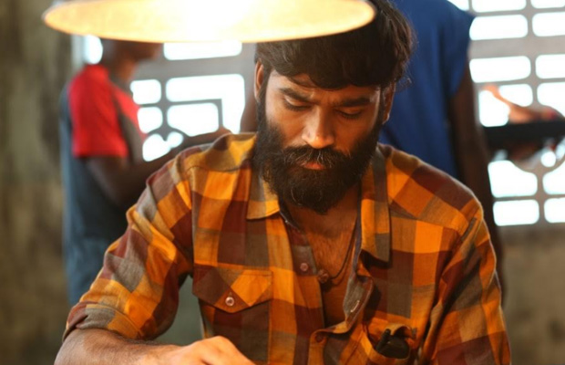 Vada Chennai movie review: Audience can't stop praising Dhanush-Vetrimaaran's gangster drama