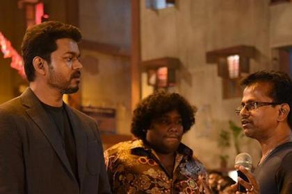 AR Murugadoss' Sarkar courts controversy again, police visits director's residence