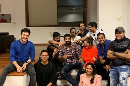 Photo Alert: Rana Daggubati, Ram Charan, Sania Mirza and Akhil share a picture perfect candid moment