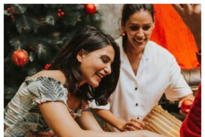 You can't miss these cute pictures of Samantha Akkineni prepping for Christmas with her best friends