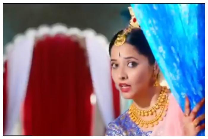Anasuya Bharadwaj trolled for imitating Mahanati Savitri's Aha Na Pelliyanta from Mayabazaar